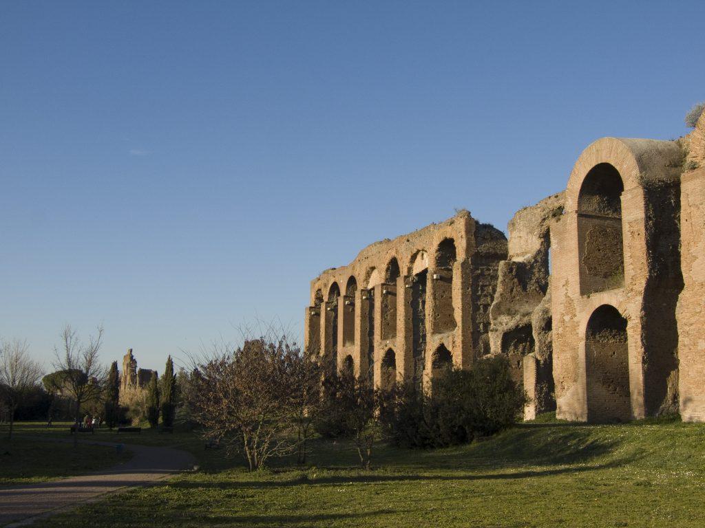 Weitere Reste eines Aquädukts