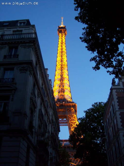 Beleuchteter Eiffelturm, Paris