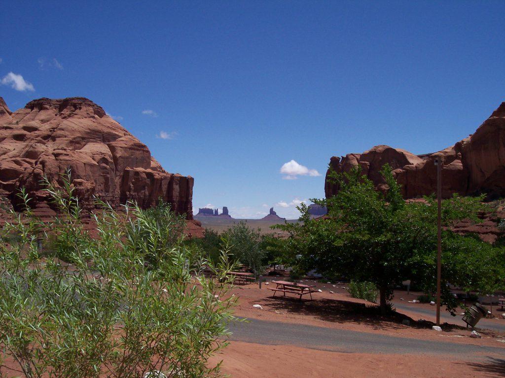 Blick vom Campingplatz zum Monument Valley