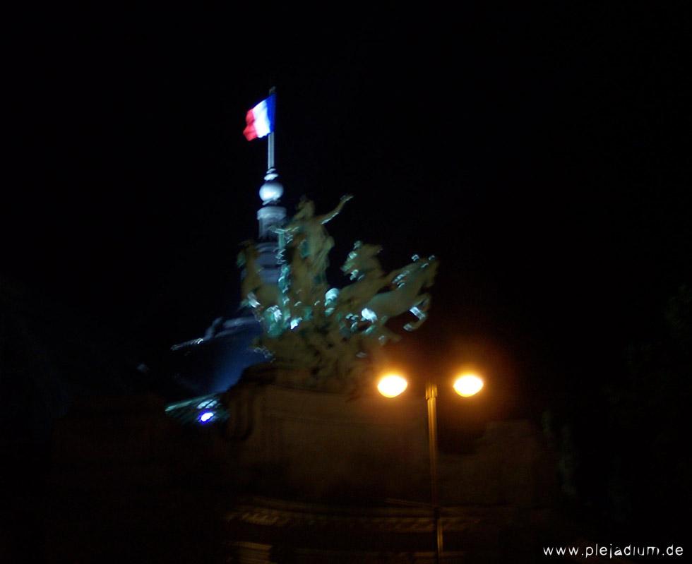Grande Palais nachts