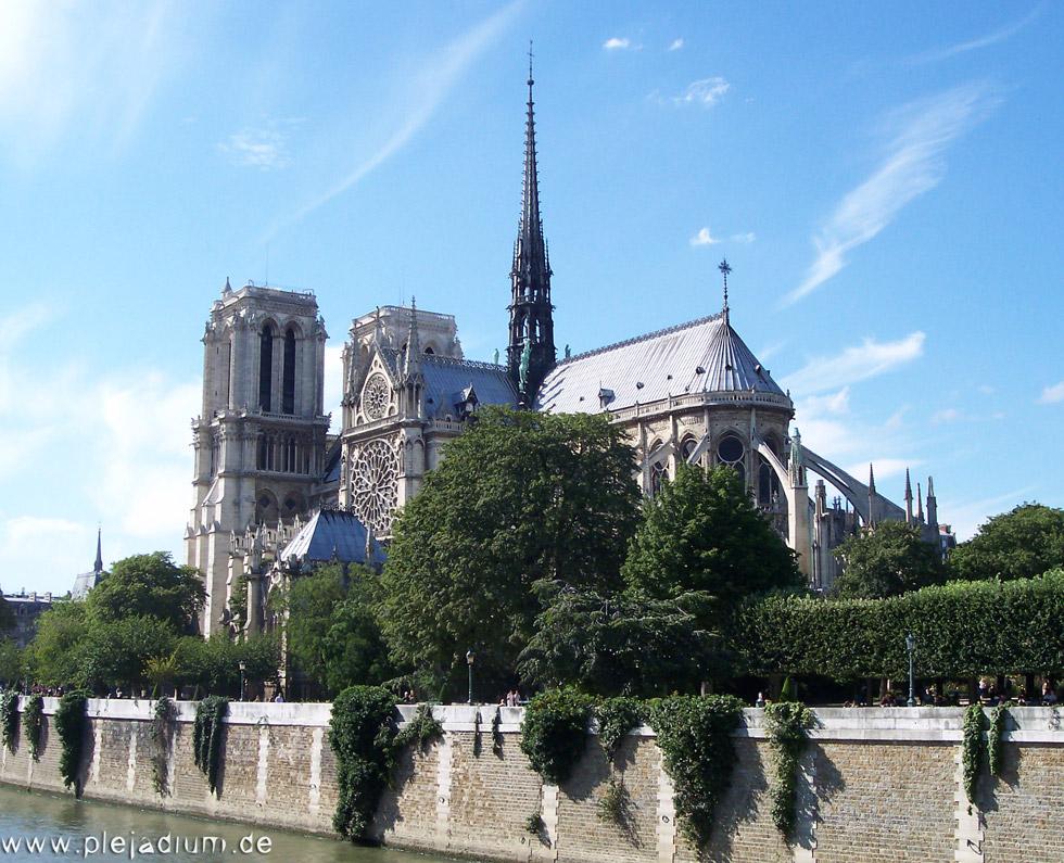 Notre Dame von Osten