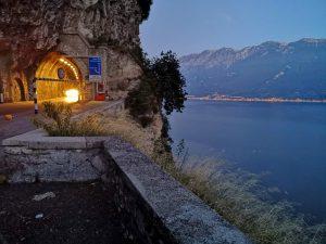 Gardasee in der blauen Stunde