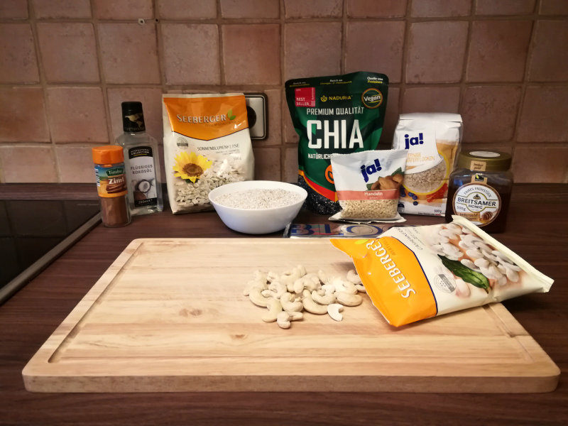 Zutaten zum Müsliriegel Selbermachen